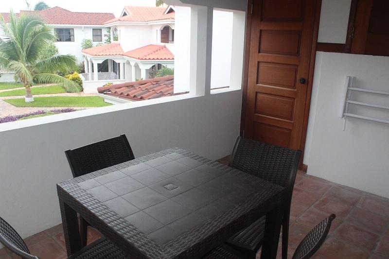 Property_v2/8b--veranda.jpg