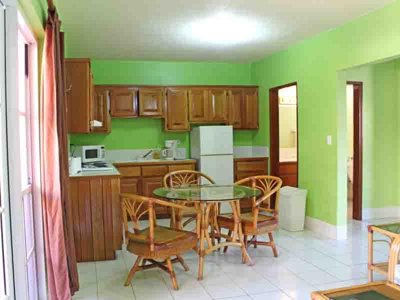 Property_v2/bb-b223kitchen1.jpg