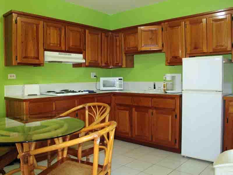 Property_v2/bb-b223kitchen2.jpg